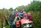 A családi traktorral: Büszkével